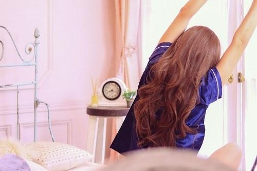目覚ましかけても気づかないのは病気?|目覚ましが聞こえない理由と遅刻しない対策